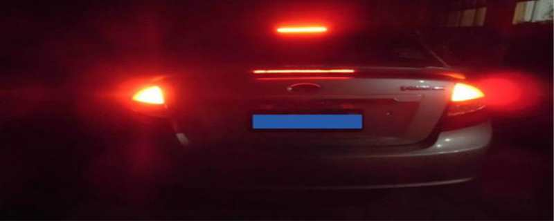 刹车灯不亮什么原因