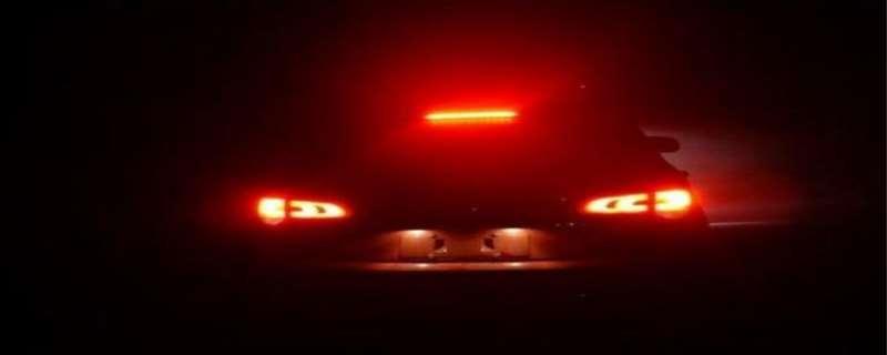刹车灯开关在哪